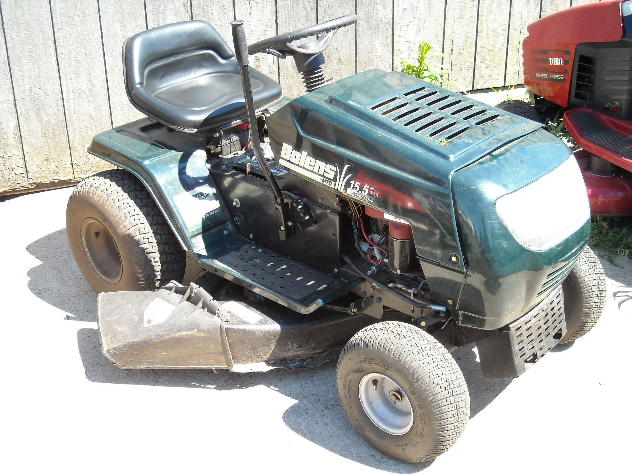 Baggers for Lawn Mowers: April 2011