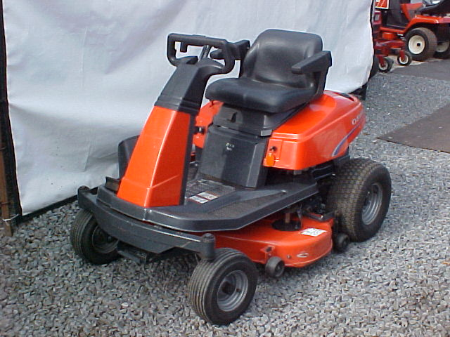 "ZT 14-38 - Zero-Turn - 14HP Kohler Command - 38"" mower with Gator"